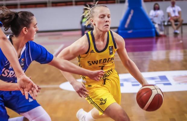 Klara Lundquist to jedna z większych nadziei żeńskiej koszykówki w Szwecji. Rozgrywająca ma 21 lat.