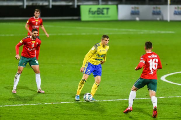 Arka Gdynia w Sosnowcu zagra o szósty mecz bez porażki z rzędu oraz podtrzymanie dobrej passy przed finałem Pucharu Polski. U siebie, jesienią wygrała z Zagłębiem 2:0.