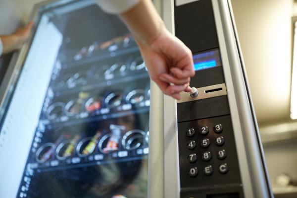 Samoobsługowe rozwiązania ułatwiające dokonywanie szybkich i wygodnych zakupów stają się coraz popularniejsze.