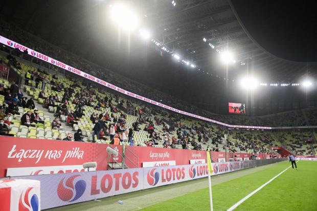 Od 15 maja kibice będą mogli wypełnić 25 procent trybun na otwartych obiektach. Po raz ostatni taka możliwość była w Trójmieście w październiku ubiegłego roku podczas meczu Polska - Włochy (na zdjęciu).