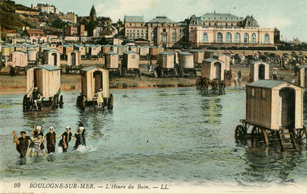 Wozy kąpielowe na plaży w Boulogne-sur-Mer (Francja), pocz. XX w.