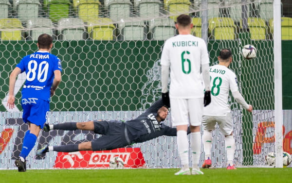 Lechia Gdańsk w tym sezonie w ekstraklasie strzeliła 19 goli ze stałych fragmentów gry. To dokładnie połowa jej wszystkich bramek.