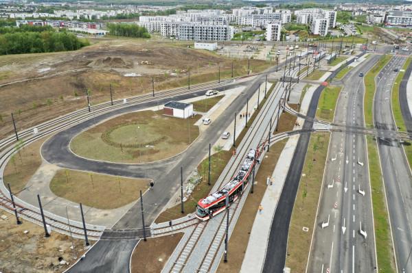 Pan Adam sugeruje przedłużenie trasy tramwajowej biegnącej al. Pawła Adamowicza na południe, do ul. Jaworzniaków.
