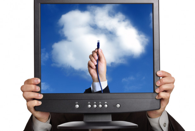 """Idea cloud computingu zakłada, że internauci coraz mniej aplikacji, danych, operacji będą trzymali bądź przeprowadzali na swoim komputerze. Zamiast tego będą korzystali z """"chmury"""" gdzieś w Internecie, gdzie to wszystko będzie zgromadzone."""