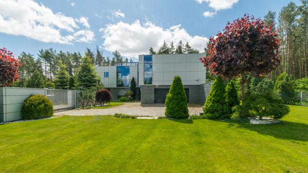 Luksusowy dom z ogrodem i basenem, 8 500 000 zł