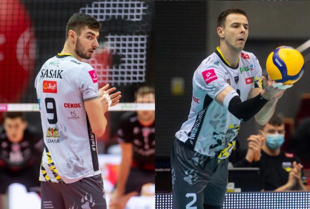 Mariusz Wlazły (z prawej) i Kewin Sasak (z lewej) będą tworzyli duet atakujących Trefla Gdańsk także w kolejnym sezonie.