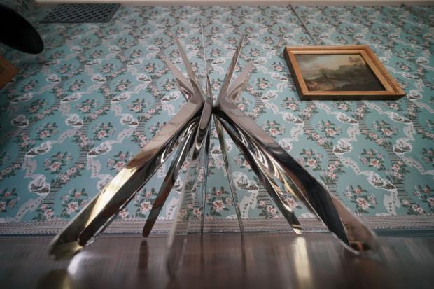 W głębi odbicia - design Oskara Zięty w zabytkowych wnętrzach Dworu Artusa i Domu Uphagena.