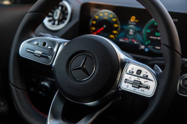 Nowy Mercedes-Benz EQA 250.