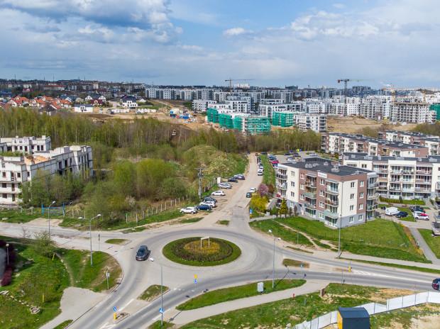 Planowana droga połączy Czermińskiego z ul. Jabłoniową. Widok z ronda im. 77 Pułku AK.