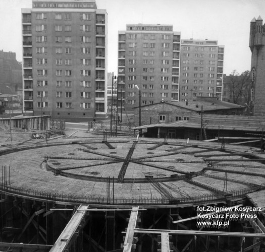Budowa Sali Okrągłej. 1966 rok.