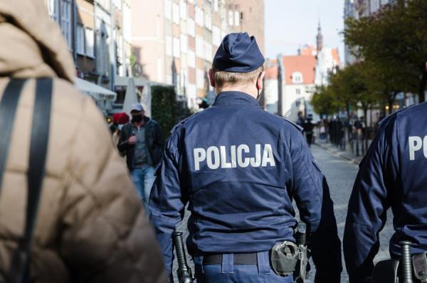 Policja apeluje o rozsądek i zapowiada kontrole.