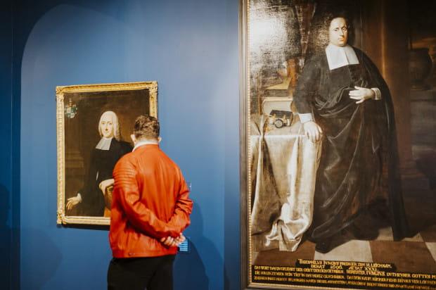 """Nowa wystawa stała w Muzeum Narodowym - """"Pobożni i cnotliwi""""."""