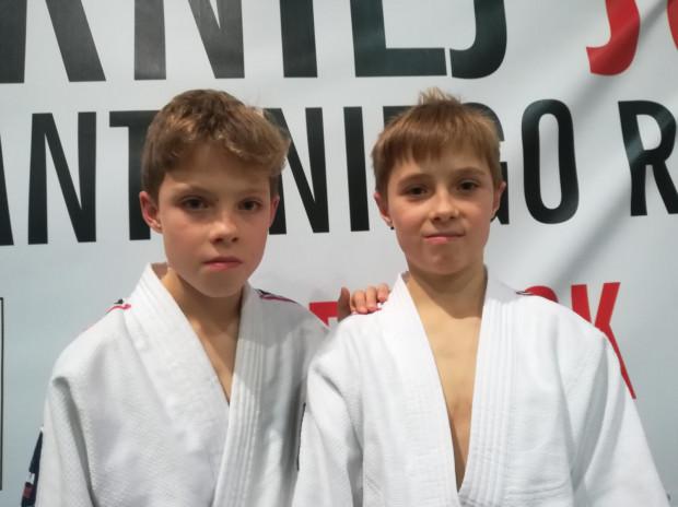Oprócz piłki nożnej, Tymek i Maks trenują też judo.