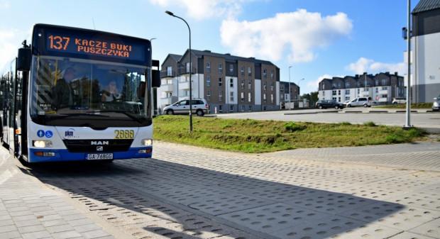 Nowe drogi na Kaczych Bukach pozwolą także na rozwój komunikacji miejskiej w tym rejonie.