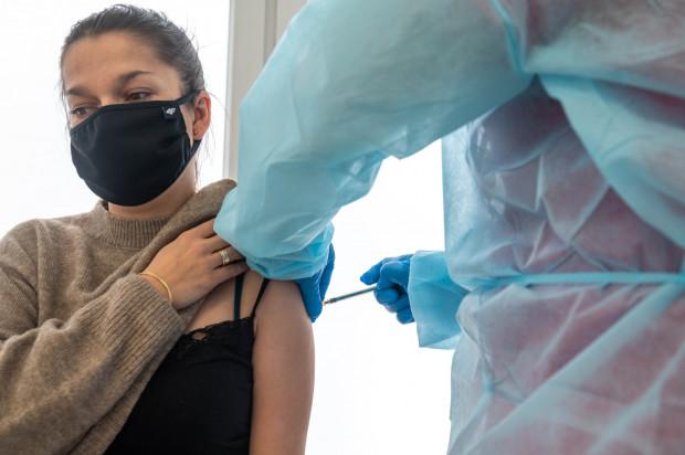 """""""Tylko podjęcie działań prowadzących do zwiększenia liczby wykonywanych szczepień doprowadzi w  konsekwencji do szybkiego zaszczepienia wszystkich mieszkańców oraz zbudowania odporności  zbiorowej na zachorowania."""""""
