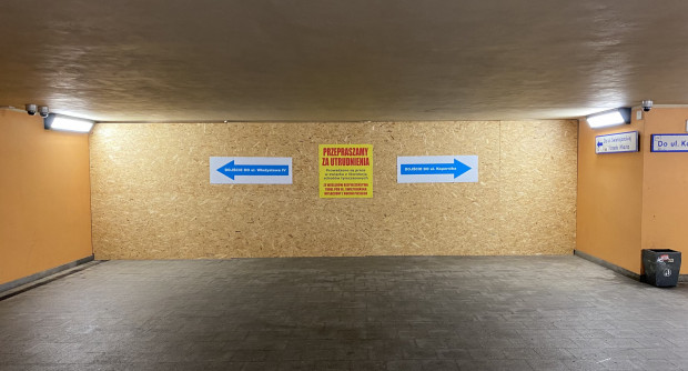 Przejście podziemne łączące przystanek SKM Wzgórze z ul. Świętojańską pozostanie zamknięte dla pieszych przez miesiąc.