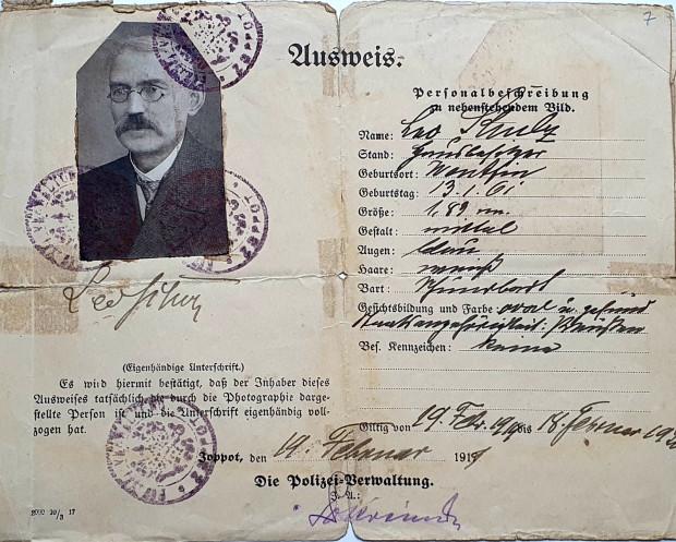 Dokument tożsamości Leo Schulza.