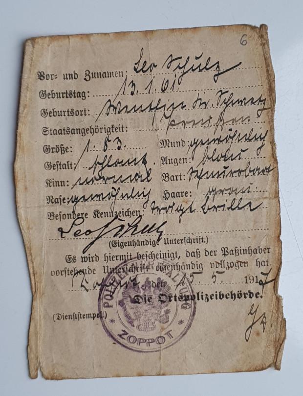Strona z ausweisu Leo Schulza.
