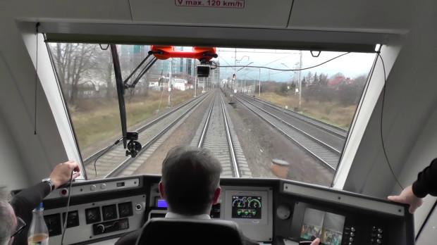 Spora część trasy na północ Gdyni istnieje i nawet da się nią przejechać, ale trzeba ją gruntownie wyremontować.