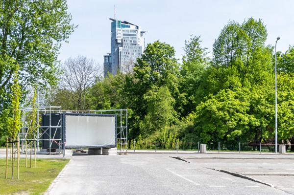 Parking przy plaży przy ulicy Zawiszy Czarnego w Gdyni zostanie przeznaczony na działalność kulturalną.