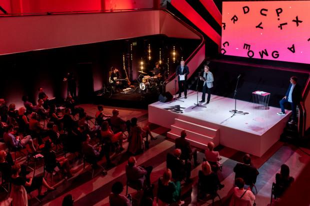 Od kilku lat Gala Nagrody Literackiej Gdynia odbywa się w Muzeum Emigracji. Tak będzie i tym razem - laureatów poznamy 27 sierpnia (zdjęcie z 2020 roku).