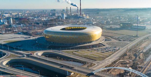 Ponad 17 mln zł przez 6 lat zapłaci Grupa Polsat za prawa do nazwy stadionu w Letnicy, który odtąd będzie nosił nazwę Polsat Plus Arena Gdańsk.