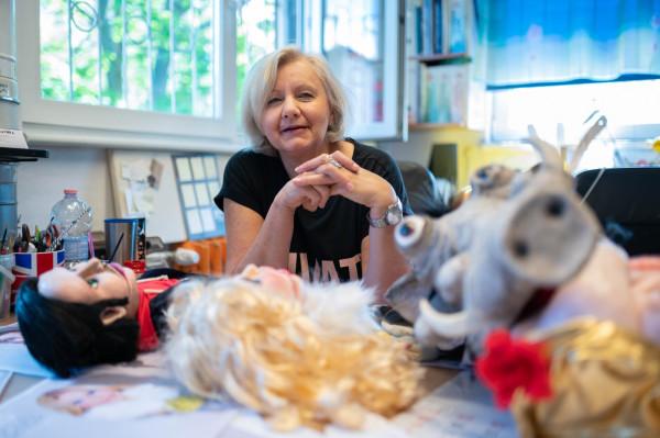 Regina Szeklicka - kierowniczka pracowni plastycznej w Teatrze Miniatura.