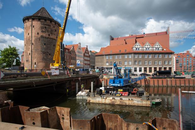 Po przebudowie most Stągiewny znów będzie zwodzony.
