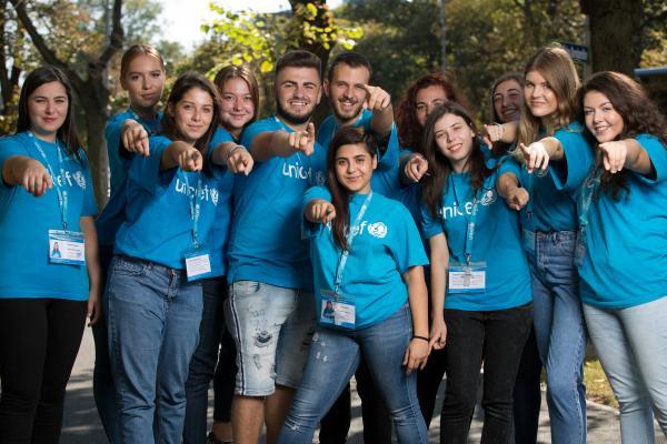 Fundraiserzy to osoby odpowiedzialne za pozyskiwanie funduszy. Obecnie fundraiserzy UNICEF-u pracują na terenie Trójmiasta, Rzeszowa, Olsztyna, Krakowa i Warszawy.