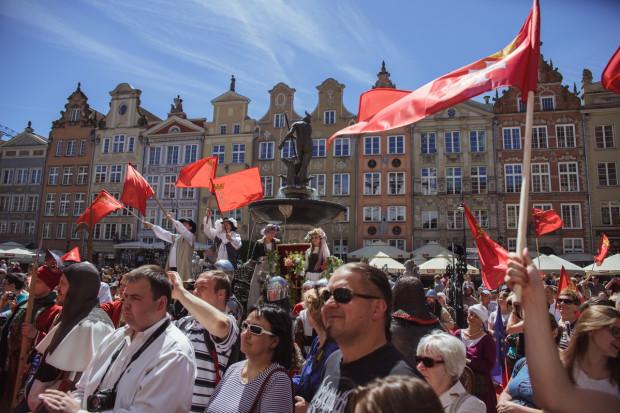 500 flag Gdańska i 500 flag narodowych zostanie rozdanych mieszkańcom.