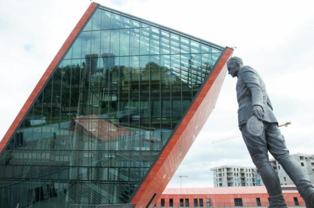 Na razie nie wiadomo, kto miałby zostać nowym szefem Muzeum II WŚ, jeśli Nawrocki przejdzie do IPN.