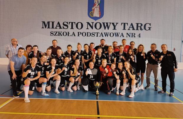 Interplastic Olimpia Osowa Gdańsk z brązowymi medalami mistrzostw Polski w unihokeju kobiet.