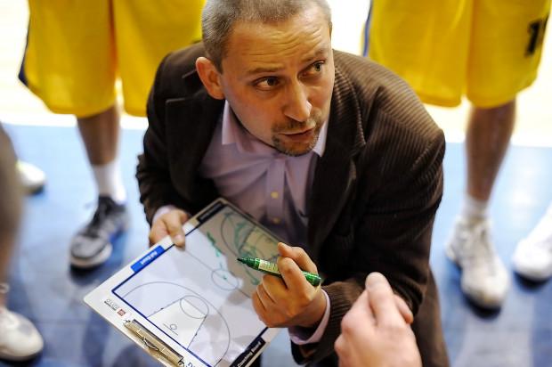 Paweł Turkiewicz był trenerem Startu Gdynia w sezonie 2011/12. Razem z zespołem awansował do Tauron Basket Ligi.