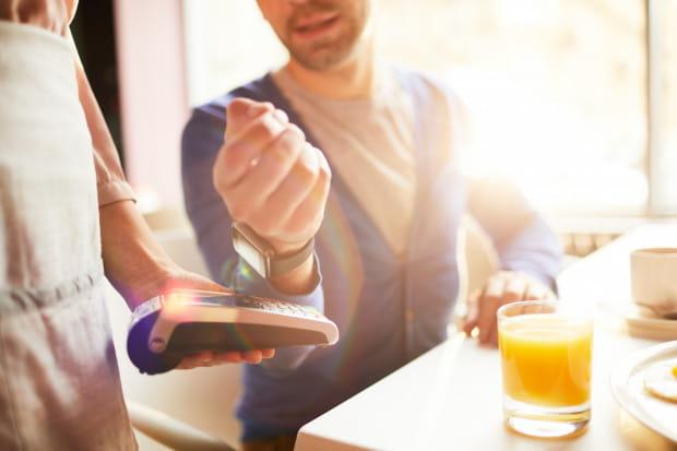 Podwyżki cen w restauracjach wynikają z kilku niezależnych od siebie kwestii.