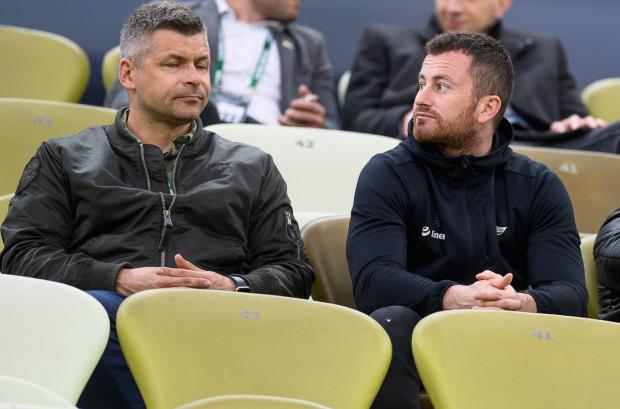 Wielkie zmiany w Akademii Piłkarskiej Lechii Gdańsk. Już w kwietniu z funkcji dyrektora zrezygnował Sławomir Wojciechowski (z lewej). Teraz odchodzi Piotr Wiśniewski (z prawej).