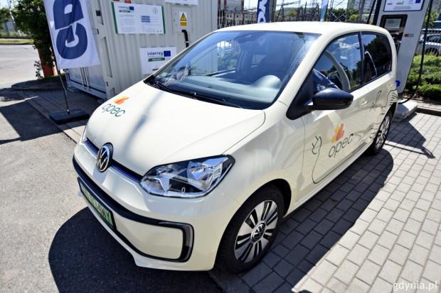W testach wezmą udział samochody elektryczne miejskich spółek.