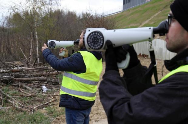Do pomiarów wykorzystano urządzenia Nasal Ranger, czyli terenowe olfaktometry.