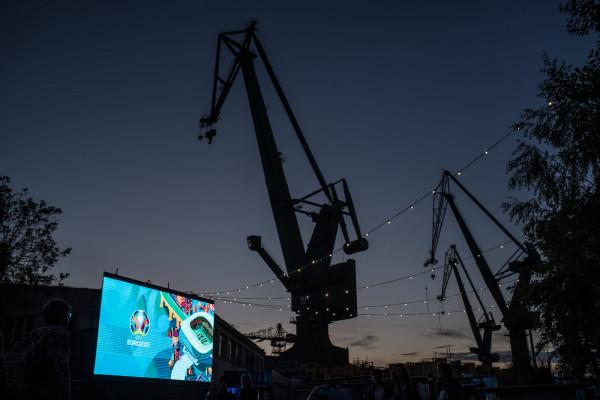 Na transmisje meczów Euro 2020 zaprasza 100cznia