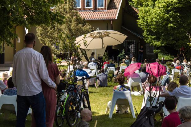 Cykl koncertów Romantyka Fryderyka odbywają się w każdą niedzielę o godz. 12 w Parku Oruńskim.