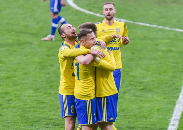 Arka Gdynia ukończyła sezon zasadniczy w Fortuna I liga na 4. miejscu i w pierwszej rundzie baraży może zagrać u siebie z ŁKS Łódź.