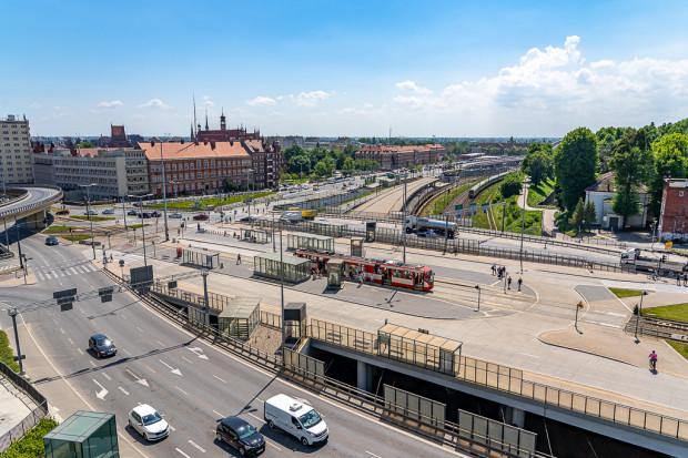 Śródmieście SKM to koleje miejsce w centrum miasta, gdzie tramwaje tracą wiele czasu.