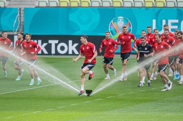 Ostatni trening piłkarzy reprezentacji Polski przed wylotem na mecz ze Słowacją