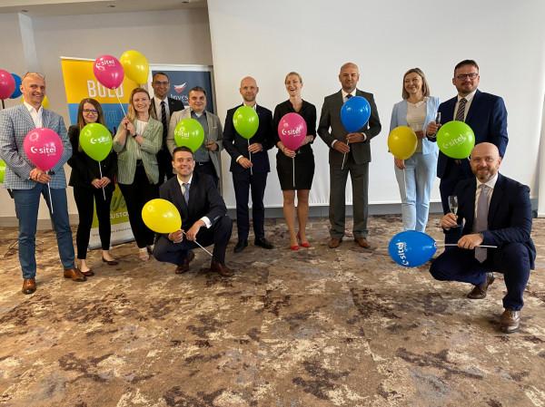 Sitel Group ma biuro rozwoju w Warszawie i zatrudnia 850 osób w Polsce. Kolejnym krokiem w rozwoju firmy będzie nowe biuro w Gdańsku.