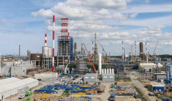 Projekt EFRA był kluczowym projektem inwestycyjnym Grupy Lotos i kontynuacją technologicznego unowocześniania rafinerii rozpoczętego w ramach Programu 10+.