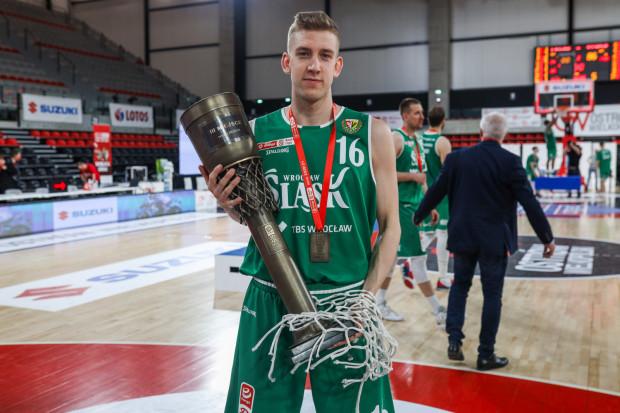 Mateusz Szlachetka w drodze ze Śląskiem Wrocław po brąz Energa Basket Ligi, wyeliminował Trefla. Teraz zagra dla sopocian.