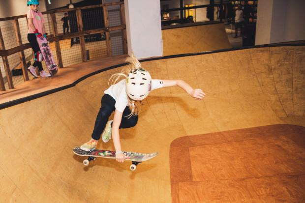 Skate Care to wyjątkowe miejsce spotkań dla zafascynowanych jazdą na deskorolce, miejsce poszukiwania młodych talentów i integracji.
