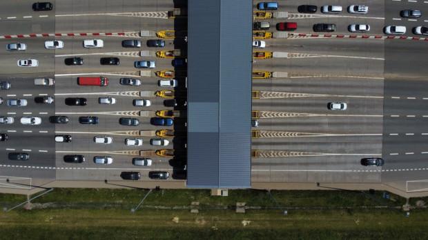 Korki na A1 latem to już niemal tradycja. Nowelizacja przepisów może pomóc rozwiązać problem.