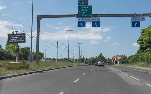 Remont kładki na skrzyżowaniu al. Armii Krajowej i al. Sikorskiego wchodzi w kolejny etap. Od 21 czerwca szykują się spore utrudnienia.