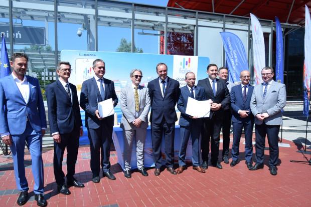 W poniedziałek spółka InnoBaltica podpisała umowę z wykonawcą systemu konsorcjum firm: Asseco Data Systems SA oraz AEP Ticketing Solutions z Włoch.