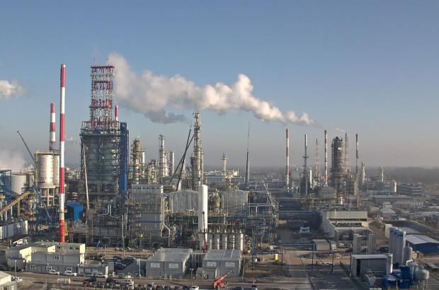 PKN Orlen przedłuży termin negocjacji dotyczących przejęcia przez inwestora zewnętrznego aktywów rafineryjnych Grupy Lotos.